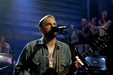 "Kings of Leon ""Supersoaker"" (live on 'Fallon')"