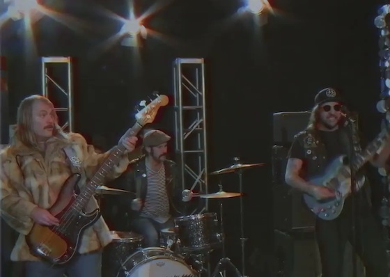 "King Tuff ""Headbanger"" (video)"