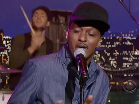 K'naan 'Is Anybody Out There?' (ft. Nelly Furtado) (live on 'Letterman')