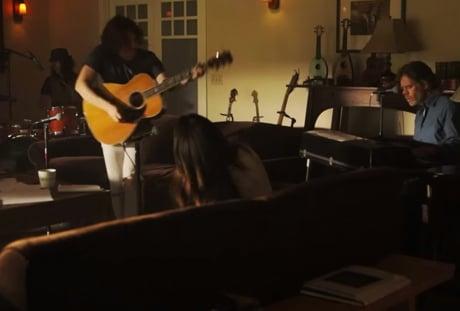 "Ben Kweller ""Hold On"" (ft. Selena Gomez & William H. Macy)"