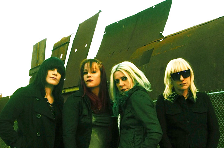 L7 Tap Joan Jett for Cover of 'Fake Friends'
