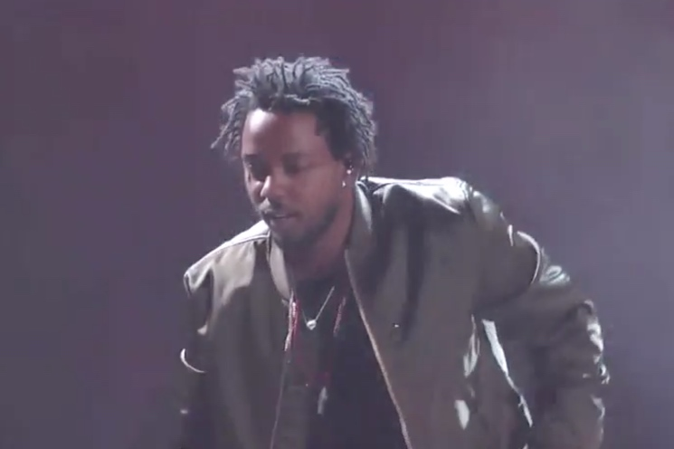 "Kendrick Lamar ""Alright"" (live at the BET Awards)"