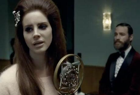 """Lana Del Rey """"Blue Velvet"""" (video)"""