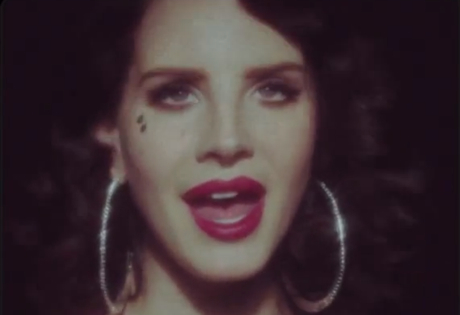 "Lana Del Rey ""Young & Beautiful"" (video)"