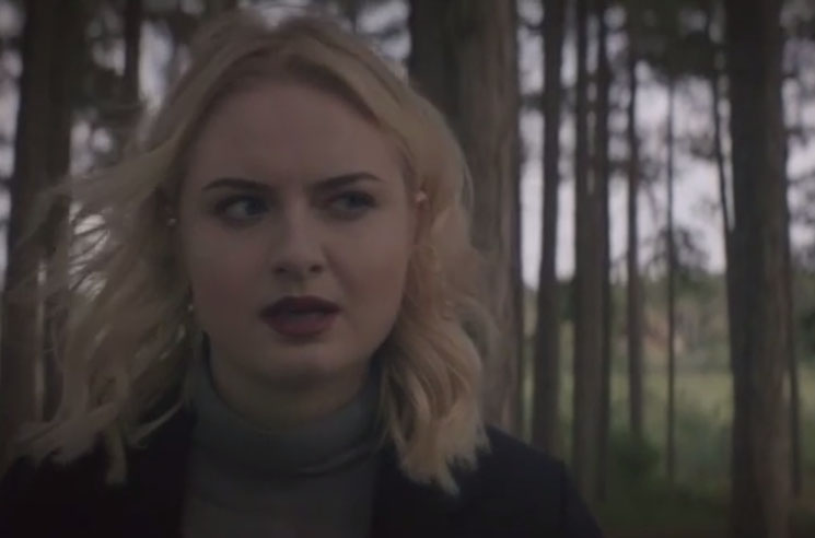 Låpsley 'Hurt Me' (video)