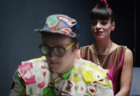 """Lily Allen """"URL Badman"""" (video)"""