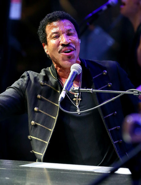 Lionel Richie Downtown Stage, Las Vegas NV, October 25