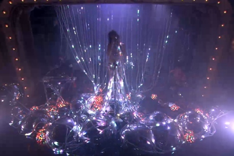 The Flaming Lips 'Try to Explain' / ''Heroes'' (David Bowie cover) (live on 'Fallon')