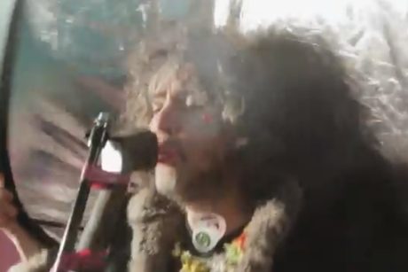 "The Flaming Lips ""Elephant"" (Tame Impala cover) (video)"