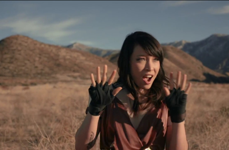 "Little Dragon ""Sunshine"" (video)"