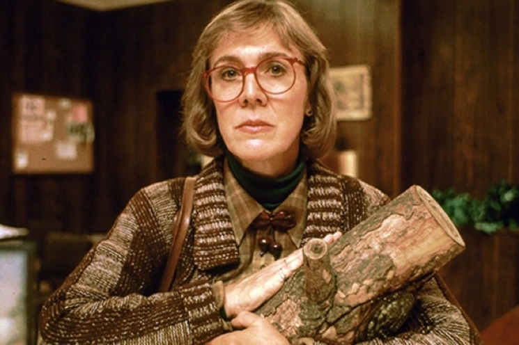 'Twin Peaks' Log Lady Catherine E. Coulson Dies at 71