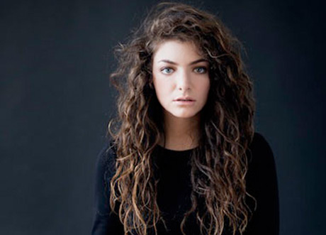 "Lorde Accused of Racism over ""Royals"" Lyrics"