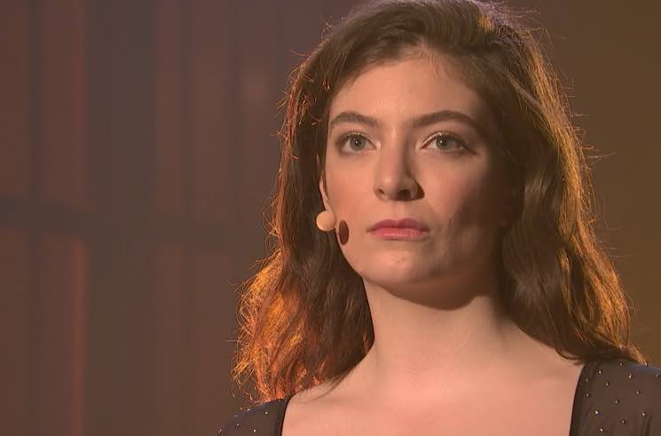 """Watch Lorde Bring """"Perfect Places"""" to 'Late Night'"""