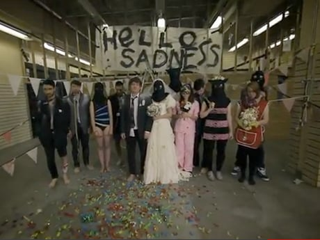 Los Campesinos! 'Hello Sadness' (video)