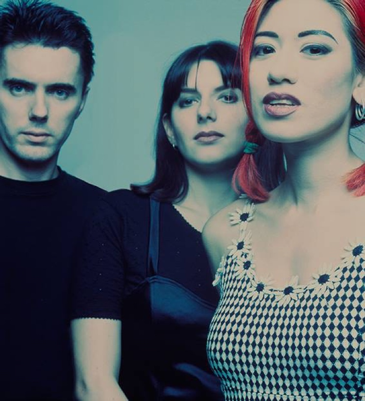 Lush Reunite for First Concert in 20 Years