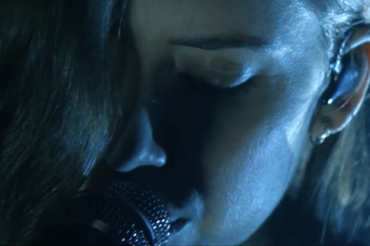Lykke Li 'Hold On, We're Going Home' (Drake cover) (video)