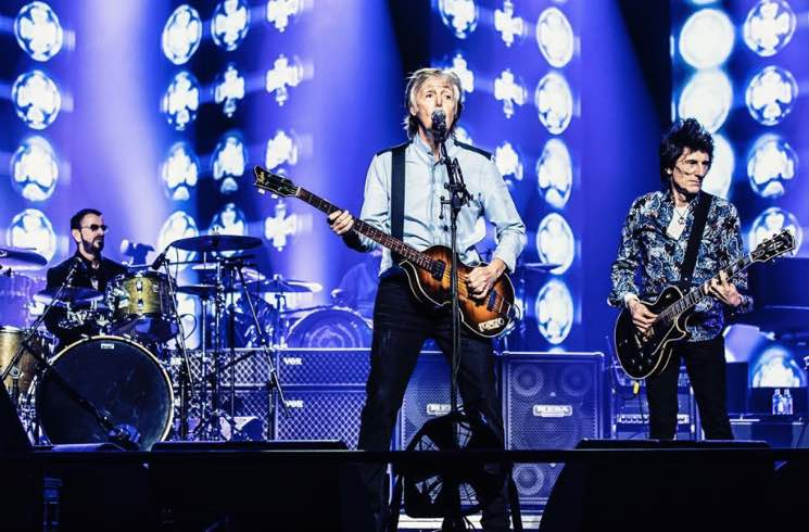 "Watch Paul McCartney Bring Out Ringo Starr and Ronnie Wood for ""Get Back"""