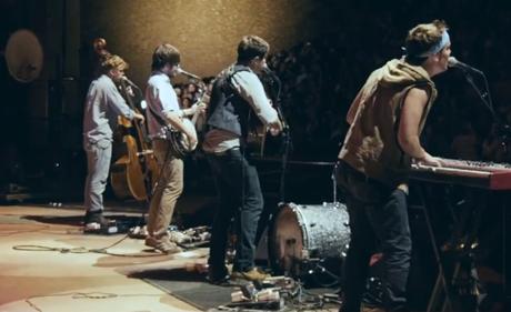 """Mumford & Sons """"I Will Wait"""" (video)"""
