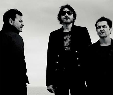 Manic Street Preachers Prepping New 'Futurology' LP