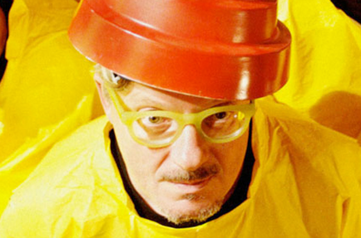 Devo's Mark Mothersbaugh Was Diagnosed with COVID-19 and Then Forced to Deal with a TikTok Influencer 'Party Warzone'