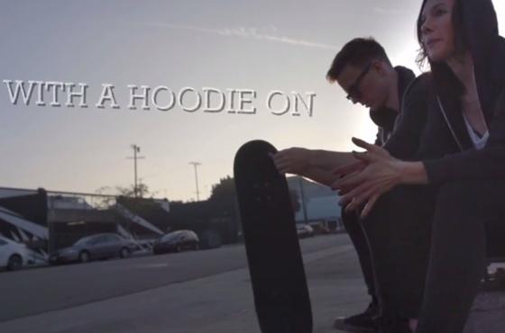 Matt & Kim 'Hoodie On' (video)