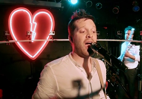 "Mayer Hawthorne ""Reach Out Richard"" (video)"