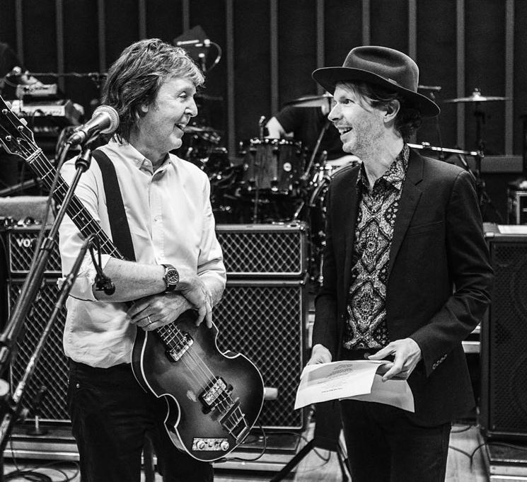 "Paul McCartney & Beck ""I've Just Seen a Face"" / ""Drive My Car"" (live videos)"
