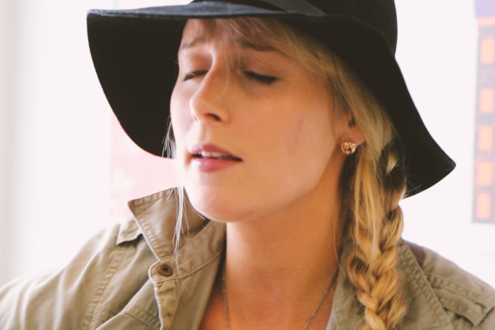 Melissa Payne 'Bring Me Back' on Exclaim! TV