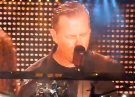 "Metallica ""Lords of Summer"" (live video)"