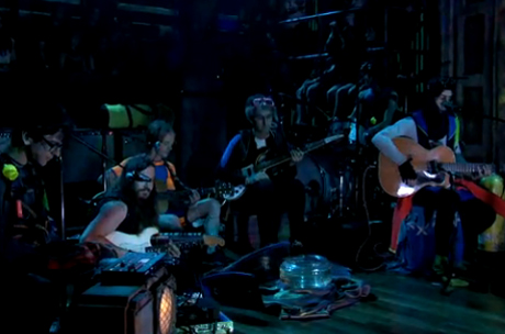 MGMT 'Plenty of Girls in the Sea' / 'Alien Days' (live on 'Fallon')
