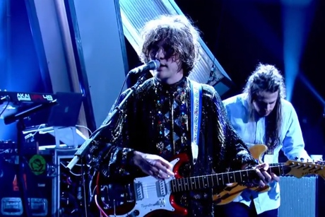 "MGMT ""Your Life Is a Lie"" (live on 'Jools Holland')"