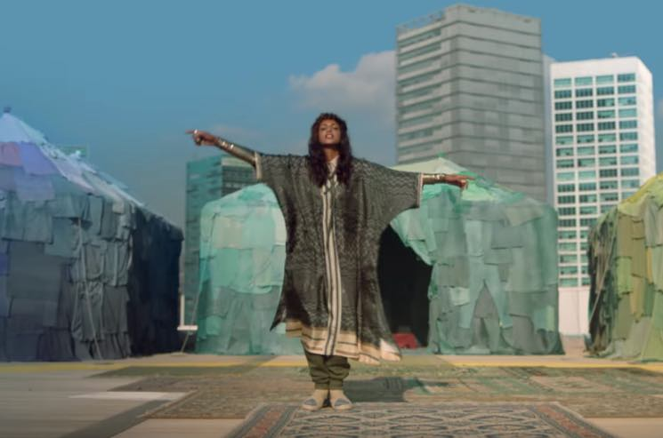 "M.I.A. ""Rewear It"" (video)"