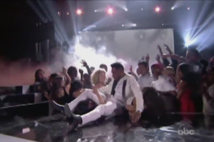 Miguel Sued over Crash Landing at Billboard Music Awards