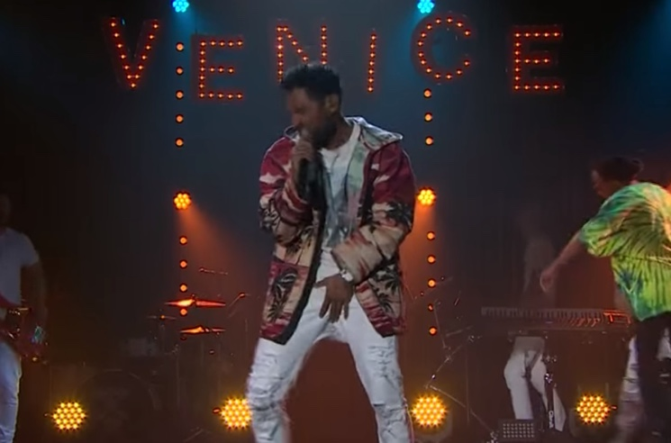 Miguel Gets Interviewed, Performs 'Waves' on 'Corden'
