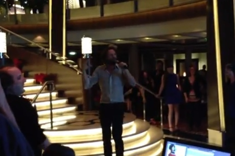 Father John Misty 'I Believe I Can Fly' (R. Kelly cover) (live video)