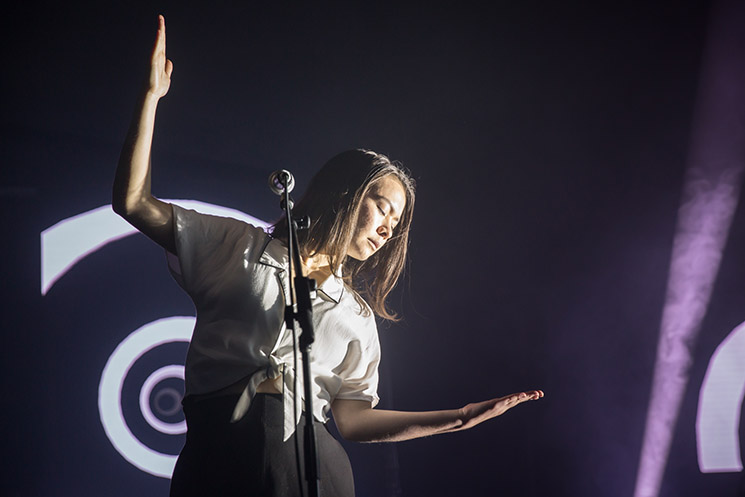 ​Mitski Wants Her Fans to Stop Internet-Yelling About Mac DeMarco