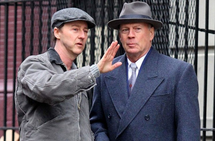 'Motherless Brooklyn' Finds Political Potency in 1950s Film Noir Directed by Edward Norton