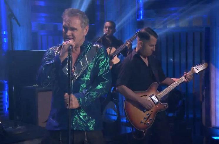 Morrissey 'Kiss Me a Lot' (live on 'Fallon')