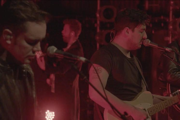 Mumford & Sons 'Snake Eyes' (live video)
