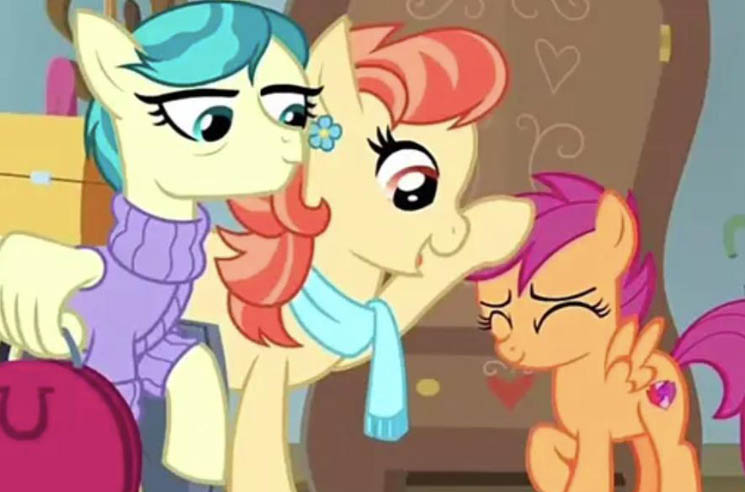 ​'My Little Pony' Gets Its First Same-Sex Couple