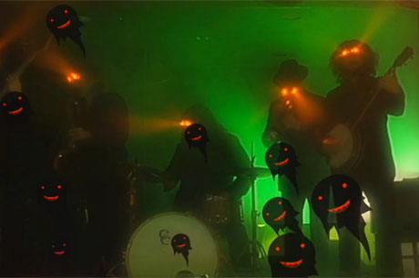 My Morning Jacket 'Holdin' on to Black Metal' (video)