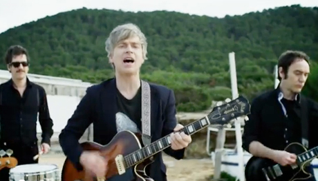 "Nada Surf ""Waiting for Something"" (video)"
