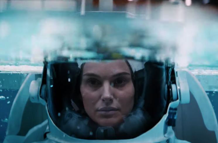 Natalie Portman Is Amazing in Lucy In The Sky Trailer 2