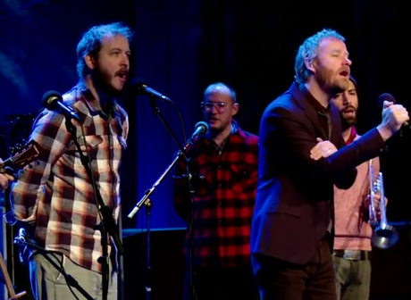 "The National ""Vanderlyle Crybaby Geeks"" (ft. Bon Iver) (live on 'Q')"