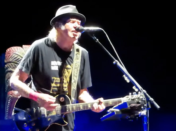 "Watch Neil Young Play ""On the Beach"" for the First Time in Years"