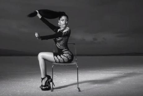 """Nicki Minaj """"Looking Ass Niggas"""" (video)"""