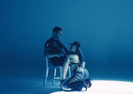 "Nicki Minaj ""Anaconda"" (video)"