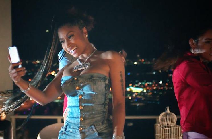 Major Lazer 'Run Up' (ft. PARTYNEXTDOOR and Nicki Minaj) (video)