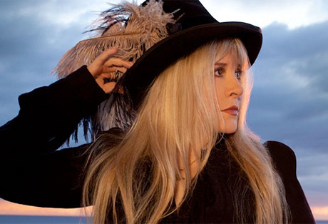 Stevie Nicks Revisits Rarities for '24 Karat Gold' Album