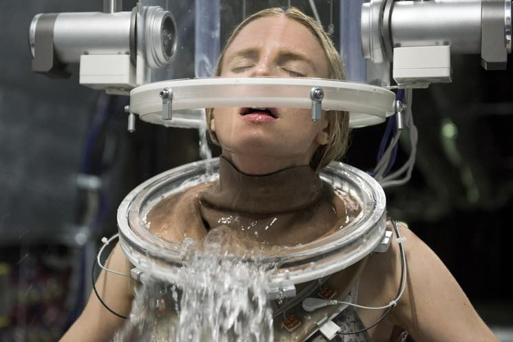 ​Get Another Sneak Peek at Netflix's 'The OA'